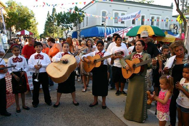Musicians at the fair