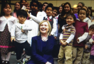 Hillary with children2