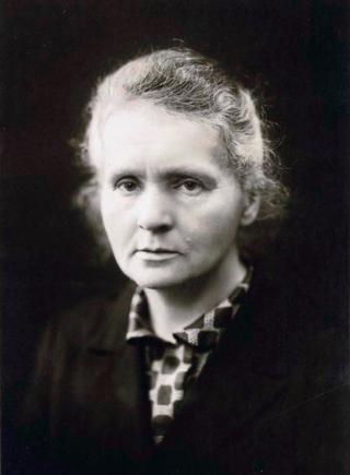 Marie_Curie c1920