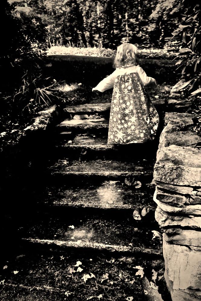 Caroline - stairs
